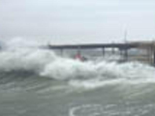 Advierten que el fenómeno de los inusuales vientos en la costa podría durar hasta el jueves