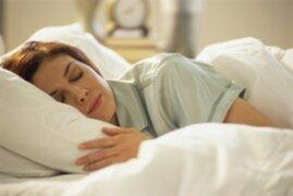 Estudios en Estados Unidos revelan las diferencias entre el sueño de hombres y mujeres