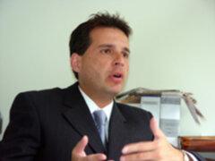 Omar Chehade justifica contratación de partidarios en puestos públicos