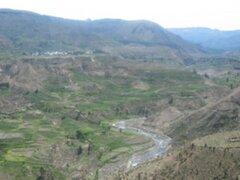 Planean construir carretera para el traslado de turistas del Colca hacia Machu Picchu