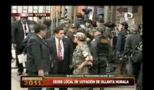 Enlace en vivo desde el local de votación del candidato Ollanta Humala
