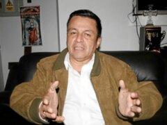 "Chim Pum Callao separó a alcalde Sotomayor por ""chuponeo"""