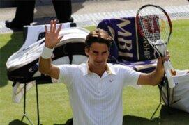 Federer y Djokovic ganaron en Wimbledon
