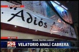 Figuras de la política y el espectáculo le dan el último adiós a Analí Cabrera en el Canout