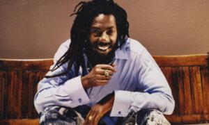 Músico premiado con el Grammy es sentenciado a prisión por tenencia de cocaína