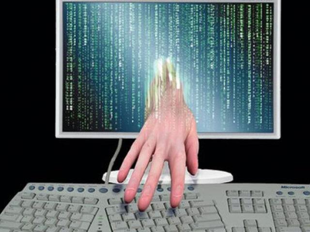 Hacker detenido por el FBI y Scotland Yard permanecerá en prisión preventiva por tres días