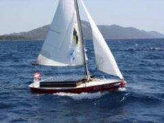 Minivelero controlado con inteligencia artificial navegó por dos días en el Mediterráneo