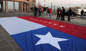 Un muerto y varios heridos graves deja huelga de trabajadores en Chile