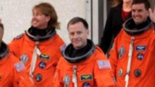 La NASA invitó al público a compartir una cena virtual con astronautas del Atlantis