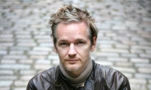 Defensa legal del fundador de WikiLeaks Julian Assange intenta impedir extradición a Suecia