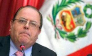 MEF resalta la permanencia de Julio Velarde en el BCR