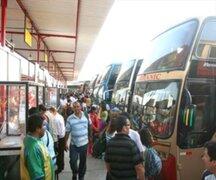 Pasajeros con el DNI no pueden abordar buses en el terminal de Fiori