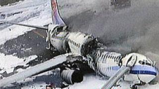 Avión se parte en dos tras intentar aterrizar en el aeropuerto de Guyana