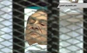 Egipto: Fiscalía pide pena de muerte para expresidente Hosni Mubarak