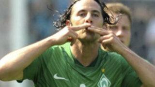 Con gol de Claudio Pizarro Bremen golea 5-3 al Friburgo