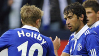 Schalke con Farfán en la cancha derrota 1-0 al Borussia M'Gladbach
