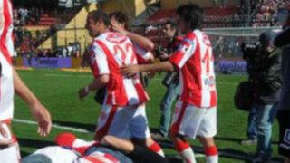 En Argentina Unión de Santa Fe venció por 2-0 a Colón