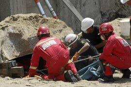 Obra de construcción se derrumba en Miraflores y deja un muerto