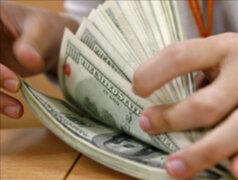 Caída del dólar perjudica enormemente la industria textil, afirman