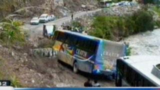 Ancash: Alud de lodo y piedras ocasiona bloqueo de carreteras en Huari