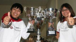 Hermanos Cori avanzan en preliminares de torneo español