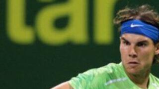 """""""Rafa"""" Nadal, y Roger Federer clasifican a los cuartos de final del torneo de Doha"""