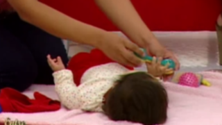Desarrolla en tu bebé la habilidad para agarrar objetos