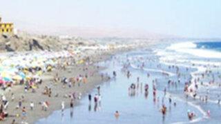 Arequipa: Turista boliviano se salva de morir ahogado en playa de Mollendo