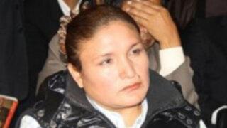 Abencia sale de la cárcel: prótesis mamaria complica salud de cantante