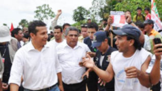 Presidente Humala recorre zonas afectadas por sismo en Ica