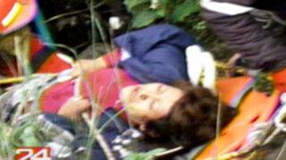 Huarochiri: Dos muertos tras caída de auto a un abismo