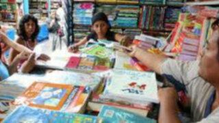 Minedu multará con S/. 185,000 a colegios que eligieron libros con errores