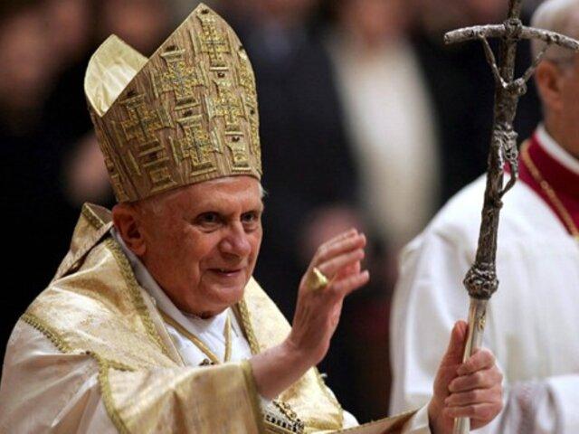 Papa critica a sacerdotes que se oponen a mantener el celibato