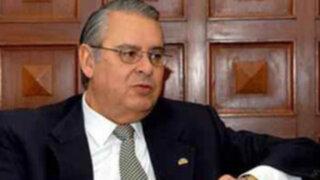 Embajador Allan Wagner fue pasado al retiro por límite de edad