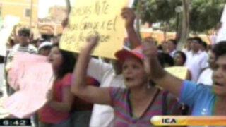 Ica: pobladores se agarran a golpes con autoridades por colapso de tuberías