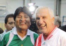 Evo Morales juega fútbol en Austria y Angela Merkel visita Afganistán