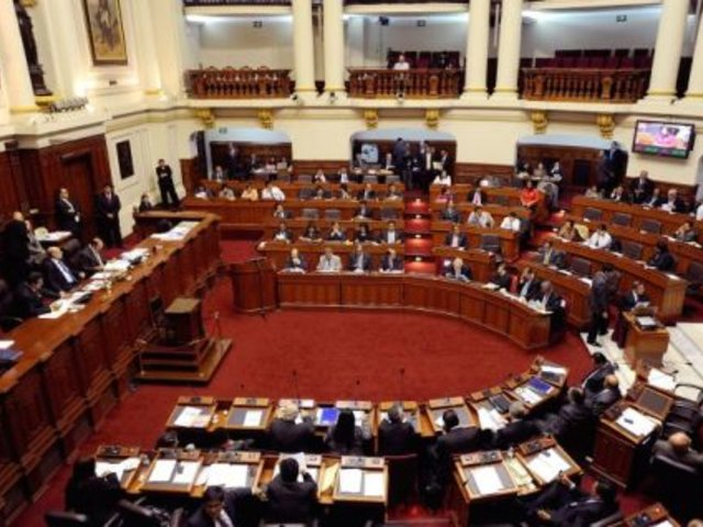 Congreso apeló fallo que anula sanción al legislador Javier Diez Canseco