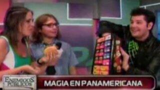 Mago George aplica sus secretos con las figuras de Panamericana TV.