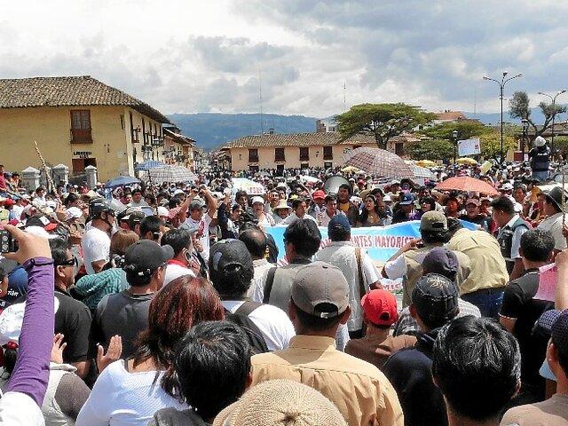Transportistas de Cajamarca generan disturbios durante paralización
