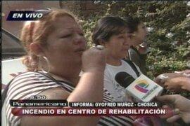 Desesperados familiares claman información sobre víctimas de incendio en Chosica