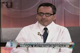 Médico peruano comenta terapia electroneuromedular del puertorriqueño Osvaldo Font