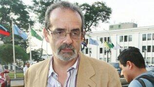"""Javier Diez Canseco fue ingresado a la sala de """"cuidados intensivos"""""""