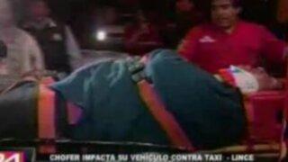 Conductores estrellan sus autos en Lince y Ate por exceso de velocidad