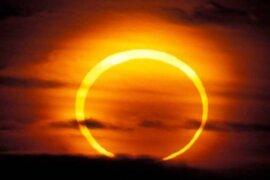 Gran expectativa en Japón por eclipse lunar
