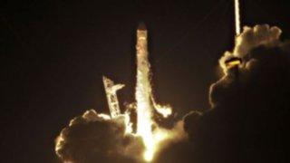 Nave Dragón realiza primeras pruebas en el espacio