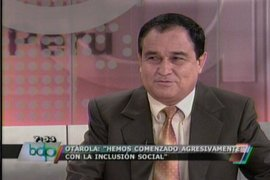 Fredy Otárola: A Diez Canseco se le sale el corazón marxista leninista