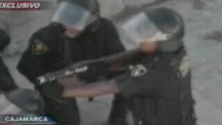 VIDEO: Feroz enfrentamiento entre policías y antimineros en Bambamarca