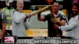 Tablista peruano Gabriel Villarán levantó la antorcha olímpica