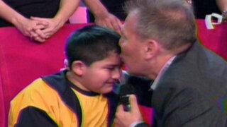 """Niño discapacitado recibe ayuda gracias a equipos de """"Desafío Sin Fronteras"""""""