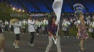 Atletas 'sin país' también desfilaron en inauguración de olimpiadas